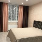 Шторы и покрывало в спальню в современном стиле